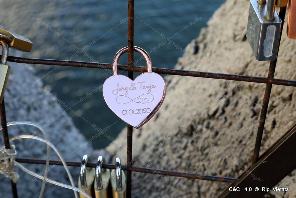 "Photo Street ""I Lucchetti Dell'Amore"""